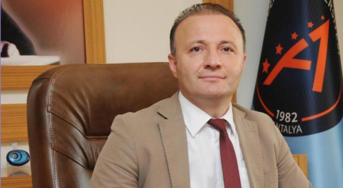 Akdeniz Üniversitesi'nin Fenomen Rektörü Mustafa Ünal'dan 20 Alıntı