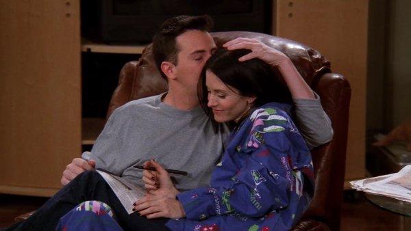 Monica ve Chandler'ın Diğer Çiftlerden Daha İyi Olmasının 20 Sebebi