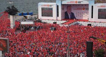 Muharrem İnce'nin Sosyal Medyayı Sallayan İzmir Mitingi