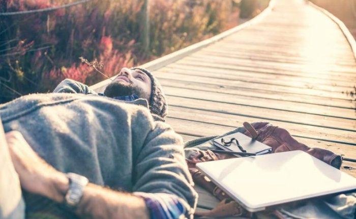 Bekar Bir Hayat Yaşamanın 10 Avantajı