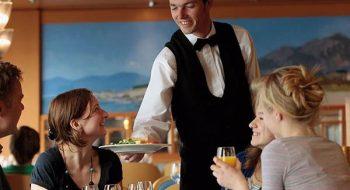 Garsonların Yapmaması Gereken 10 Hareket